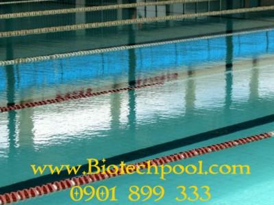 Phân biệt hồ bơi sạch và hồ bơi có hoá chất